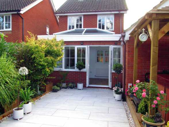 Mr and Mrs A, Salhouse - New Porch