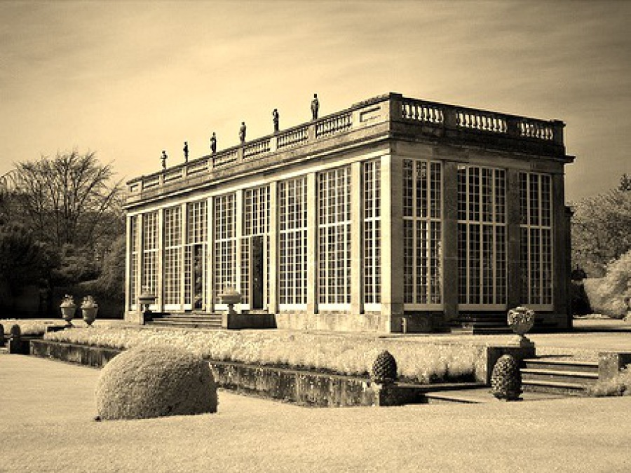 HISTORY OF ORANGERIES